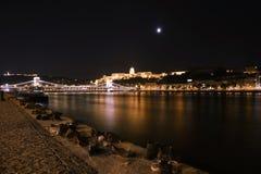 Boedapest, Hongarije Luchtmening van Boedapest, Hongarije bij nacht Royalty-vrije Stock Foto's