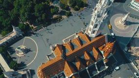 BOEDAPEST, HONGARIJE - MAG, 2019: Luchthommelmening van de stads historisch centrum van Boedapest met mooie architectuur stock footage