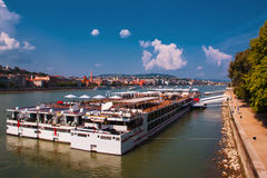 Boedapest Hongarije Rivier Donau Het landschap van de stad Stock Afbeeldingen