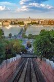 Boedapest, mening van de kabelbaan van het Kasteel Buda Stock Afbeeldingen