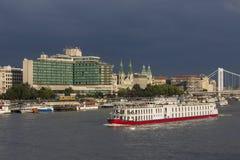 Boedapest - Rivier Donau - Hongarije Stock Afbeeldingen