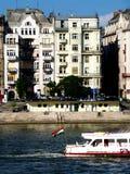 Boedapest, Woningbouw langs de Donau Stock Fotografie
