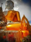 Boeddhismegodsdiensten stock foto