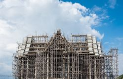 boeddhismekerk in aanbouw stock foto