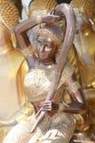 Boeddhistisch engelenstandbeeld, Bangkok, Thailand. Royalty-vrije Stock Foto's
