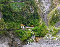 Boeddhistisch tempel en klooster in de bergen op het Eiland Taiwan stock foto's