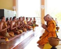 Boeddhistisch word een nieuwe monnik Royalty-vrije Stock Afbeeldingen