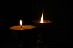 Boeddhistische boterlampen stock foto