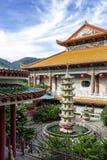Boeddhistische Chinese die architectuur van de tempel van Kek Lok Si, in Lucht Itam in Penang, Maleisië wordt gesitueerd royalty-vrije stock foto