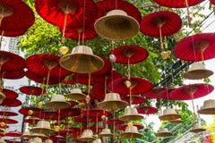 Boeddhistische de kunstdecoratie van de klokkenstraat in Chiang Mai, Thailand Stock Fotografie