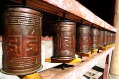 Boeddhistische gebedwielen Mongolië royalty-vrije stock afbeeldingen