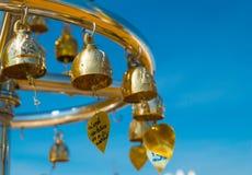 Boeddhistische klokken in Wat Saket Royalty-vrije Stock Afbeeldingen