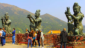 Boeddhistische standbeelden in grote Boedha, lantau, Hongkong Stock Fotografie