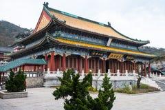 Boeddhistische tempel bij Tianmen-Berg Stock Afbeeldingen