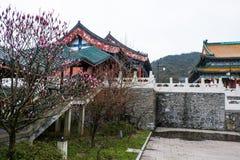 Boeddhistische tempel bij Tianmen-Berg royalty-vrije stock afbeeldingen