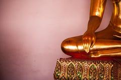 Boedha in de Tempel Stock Foto