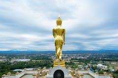 Boedha die zich op een berg Wat Phra die bevinden Khao Noi Stock Afbeelding