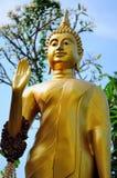 Boedha in gouden mont Thailand Stock Afbeeldingen