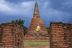 Boedha, Historische Parlk van Wat Lokaya Sutha Temple Stock Afbeeldingen