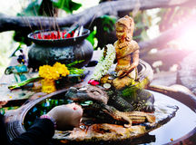 Boedha in meditatie Spiritual die, Reis Thailand aanbieden Vreedzame mening Stock Afbeelding