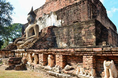 Boedha in Oude Tempel Royalty-vrije Stock Foto's
