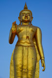 Boedha statuelarge in zuidelijk Thailand Stock Foto