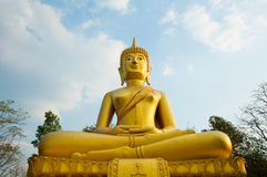 Boedha van Wat Kradohng, provincie Buriram Stock Afbeeldingen