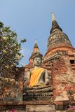 Boedha voor Reuzepagode bij Watyaichaimongkol-Tempel in A Stock Foto's