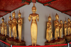 Boedha in Wat Chetuphonwimonmangklaram of Wat Pho in Bangkok Th Stock Foto
