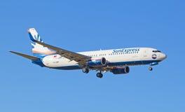 Boeing-737 ήλιος σαφής Στοκ Φωτογραφία