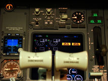 Boeing 737 flight deck Royalty Free Stock Photos