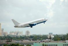 Boeing 737 passagiersstraal Stock Afbeelding