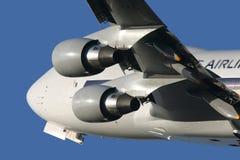 Boeing 747 die weg beklimt Royalty-vrije Stock Afbeeldingen