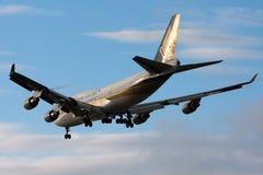 Boeing 747 am NARITA-FLUGHAFEN Lizenzfreie Stockfotografie