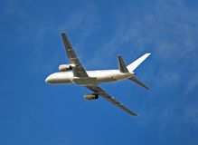 Boeing 757 in white color Royalty Free Stock Photos