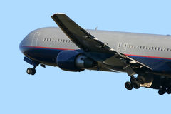 Boeing 767. Climbing away Royalty Free Stock Photography
