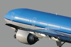 Boeing 777 die opstijgt Royalty-vrije Stock Afbeelding