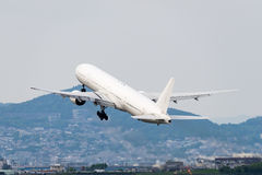 Boeing 777-300 Fotografia de Stock Royalty Free