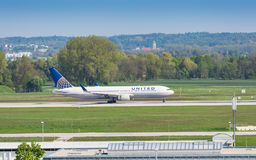 Boeing-767 airliner of United Airlines taxiing in Munich airport Royalty Free Stock Images