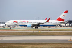 Boeing 767 of Austrian Airlines in Chicago Royalty Free Stock Image