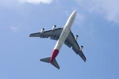 Boeing 747-400 av det Qantas flygbolaget Royaltyfri Bild