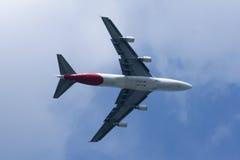 Boeing 747-400 av det Qantas flygbolaget Arkivbilder