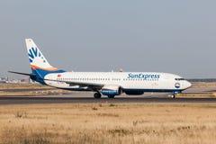 Boeing 737-800 av det turkiska SunExpress flygbolaget Fotografering för Bildbyråer