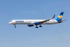 Boeing 757-300 av kondorflygbolaget Royaltyfri Bild