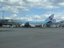 Boeing 747 av Korean Air Royaltyfria Foton
