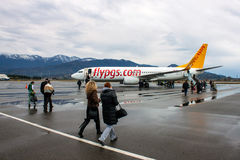 Boeing 737-800 av Pegasus Airlines i Batumi Royaltyfri Fotografi