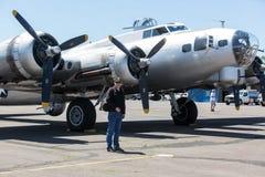 Boeing B-17 flygfästning Arkivbilder