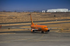 Boeing 737-8BG (WL) - Mango - ZS-SJO Royalty Free Stock Images