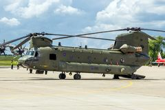 Boeing CH-47 Chinook lasthelikopter Arkivfoto