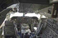 Boeing 747 cockpit Fotografering för Bildbyråer